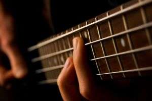 Before choosing your first bass guitar